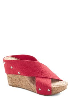 Sunny Spotlight Wedge in Red, #ModCloth