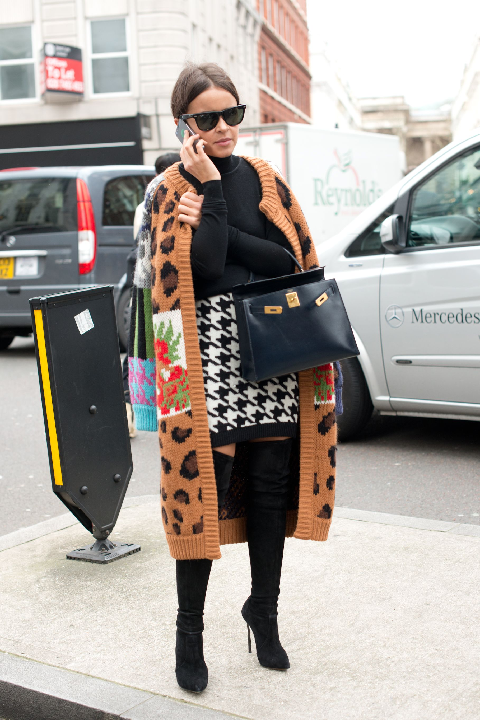 9eb9ab6ec1a The 12 Celebrities Who Carry the Best Bags: A Ranked Guide | Fashion ...