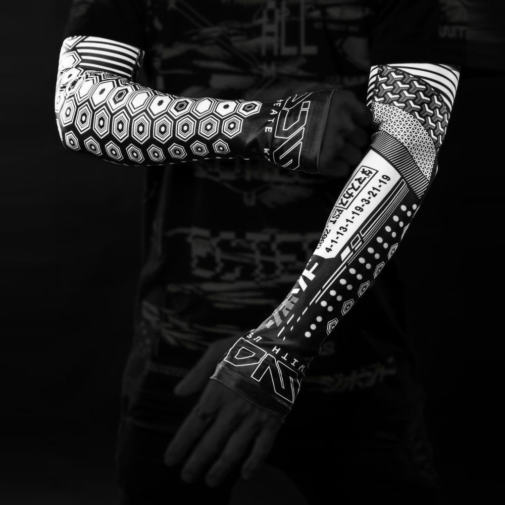 circuit sleeves products pinterest cyberpunk tattoo and sci fi. Black Bedroom Furniture Sets. Home Design Ideas