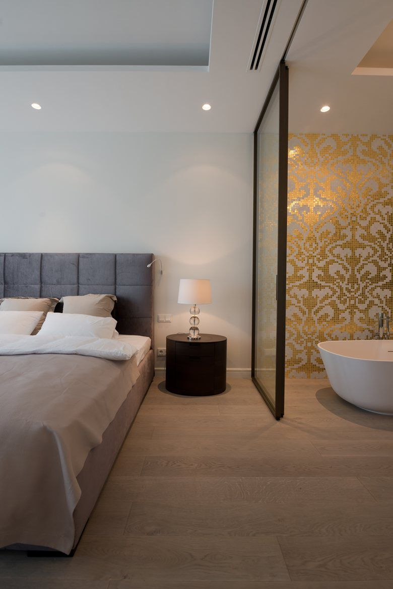 Minimalist Hotel Room: Picture Gallery (With Images