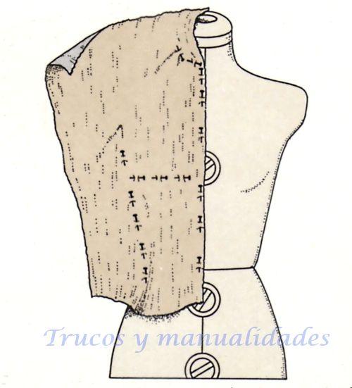 f11c5cf700 Diseño de las propias prendas a partir del patrón base. La mayoría de las  personas emplea patrones comprados para confeccionar sus prendas.