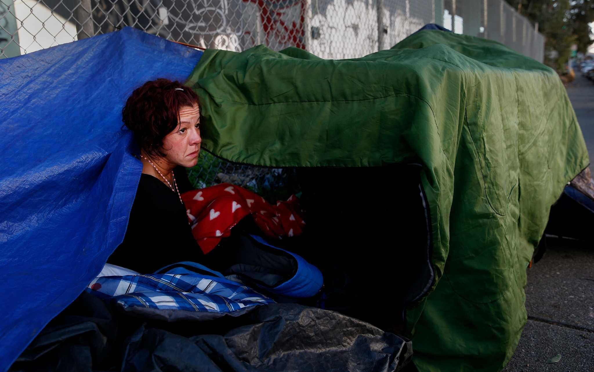 S F Takes New Direction On Homeless Camps With 1 Stop Aid Center Homeless Fashion Women S Top