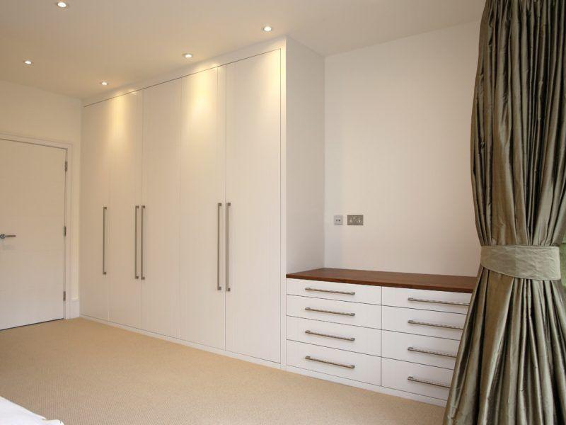 Einbauschrank Flur In 2020 Einbauschrank Eingebauter Kleiderschrank Und Schlafzimmer Eingebaut