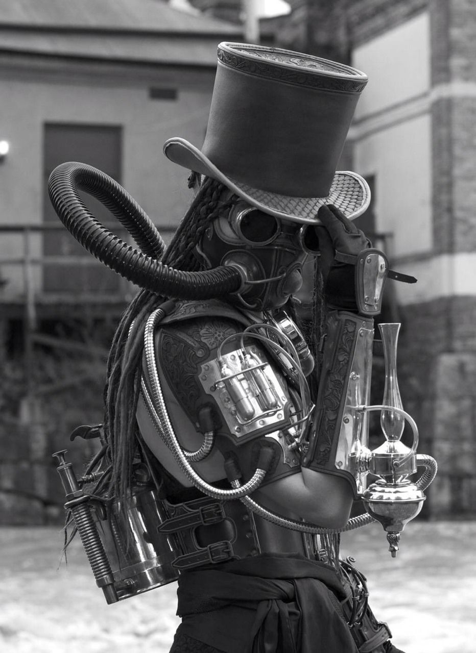 Steampunk gas mask and top hat? That's just too awesome I've ...