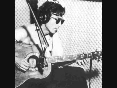 John Lennon Strawberry Fields Forever Rare Acoustic Youtube In 2020 John Lennon Beatles Songs Ovation Guitar