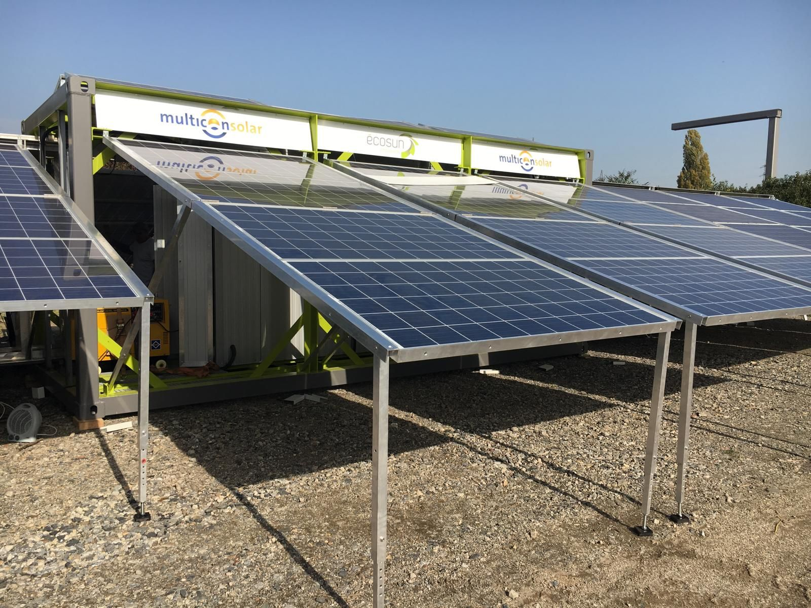 A New Hybrid Solarcontainer Made By Multiconsolar 102 Solar Panels 10 Kva Diesel Engine 45 Kwh Lifepo4 Storage Turn Solar Generator Solar Solar Panels