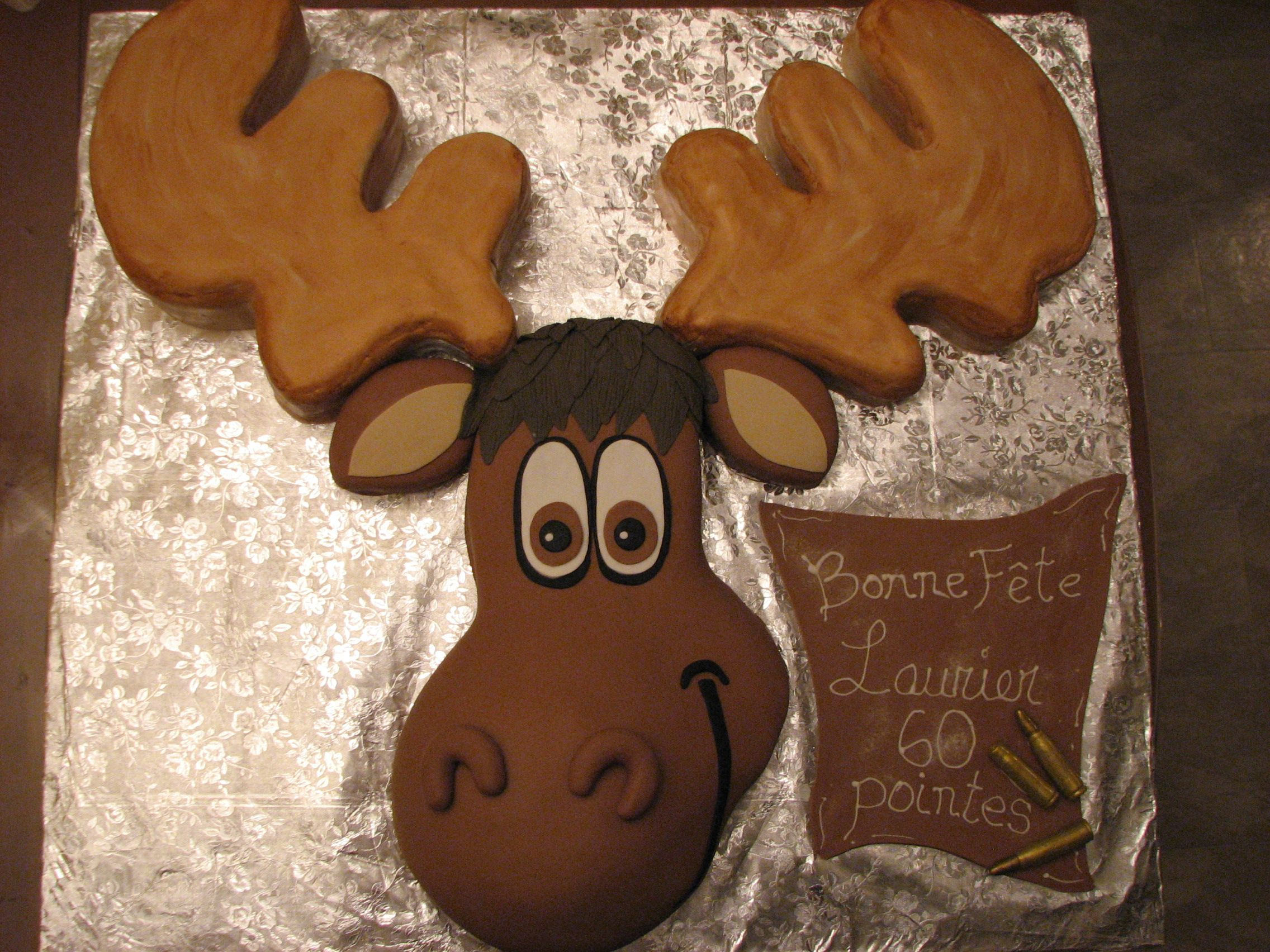 Miraculous Moose Cake Fondant Gateau Orignal With Images Moose Cake Funny Birthday Cards Online Overcheapnameinfo