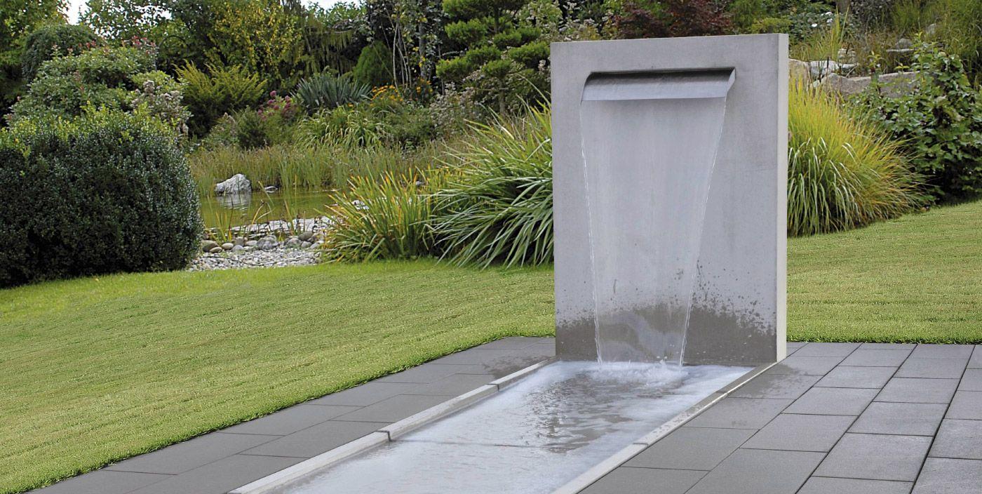 Een waterelement voor in de tuin concept design water features