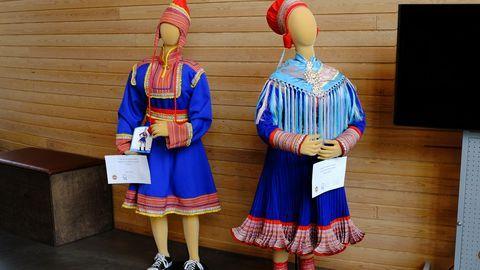 Ajatuksena on näyttää turisteille ja muille vierailijoilla konkreettisesti, miten aito puku eroaa niin kutsutusta feikkitakista, kertoo saamelaiskäsityöyhdistys Sámi Duodjin puheenjohtaja Petra Magga-Vars