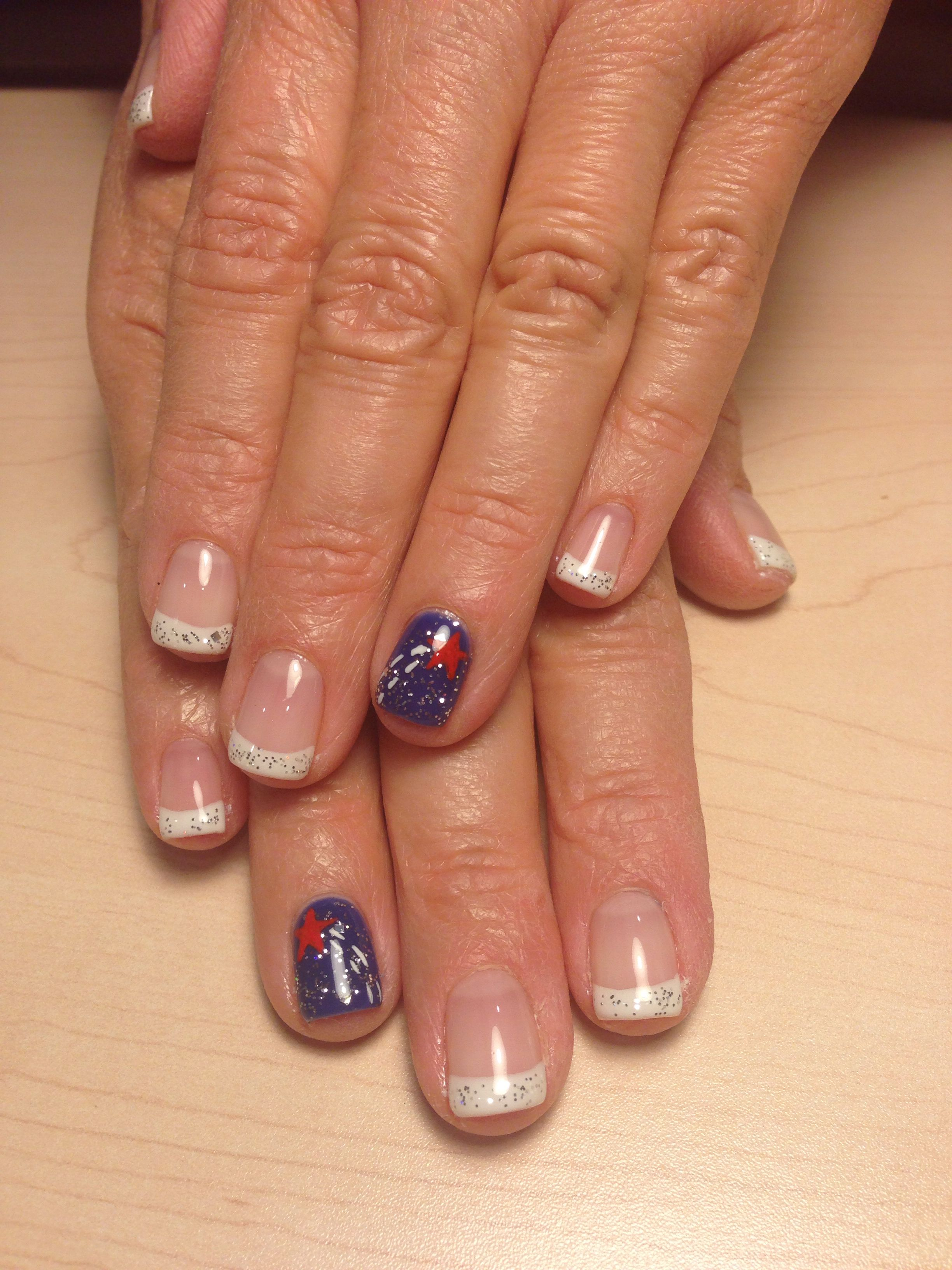 Utah: patriotic French manicure with a sparkly blue accent nail