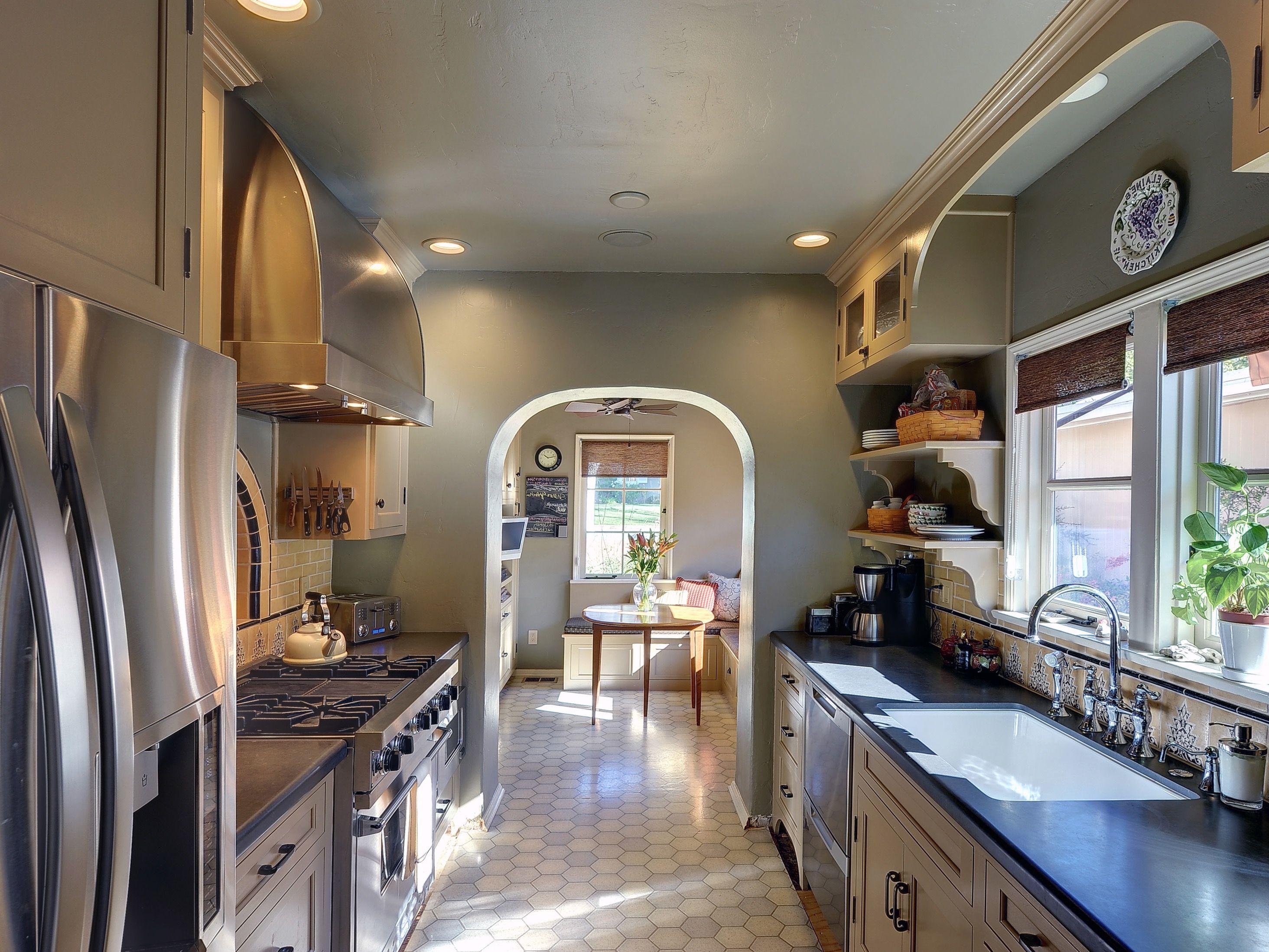 10 Küche Design Ideen für Lange, Schmale Zimmer | Küchen | Pinterest