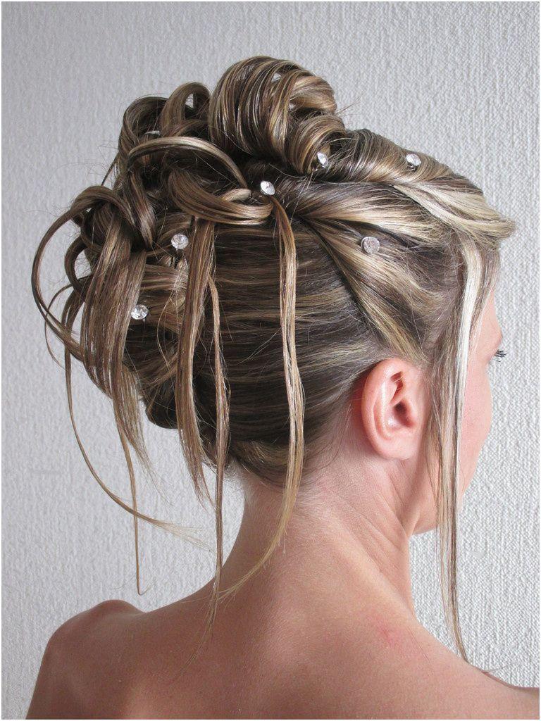 29 Coiffure Mariage Chignon Style | Coiffure mariage mi long, Chignon décoiffé cheveux mi long ...