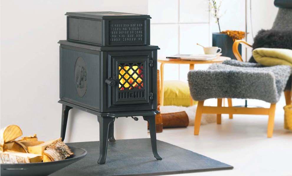 po le bois r tro de la marque norv gienne jotul. Black Bedroom Furniture Sets. Home Design Ideas