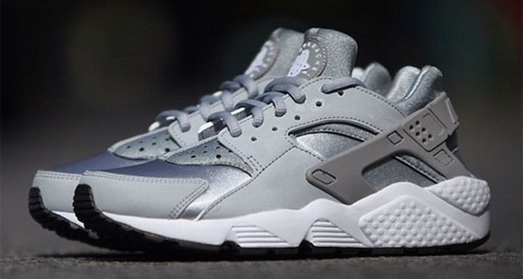 nike huarache silver and white