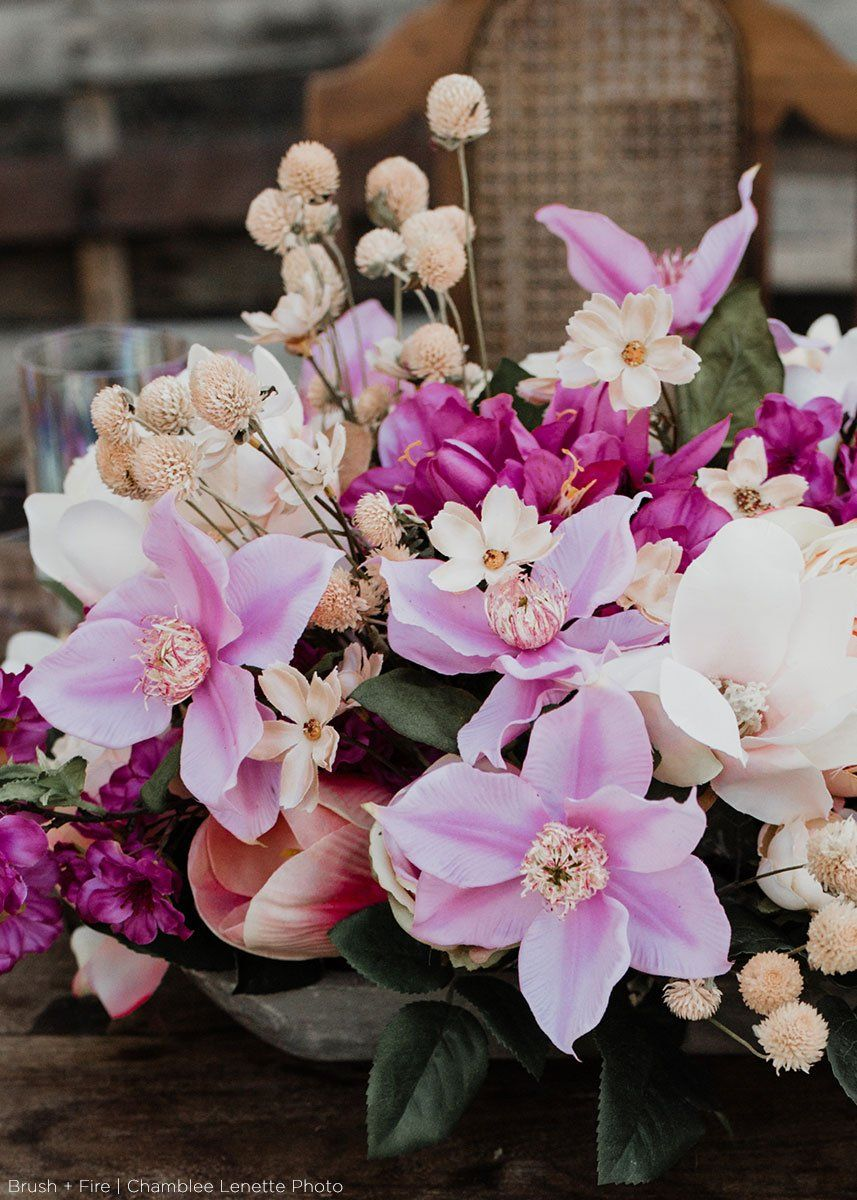 Fill Your Spring Wedding Floral Arrangements With Artificial Magnolias From Afloral Com Flower Arrangements Flowers Spring Wedding Flowers