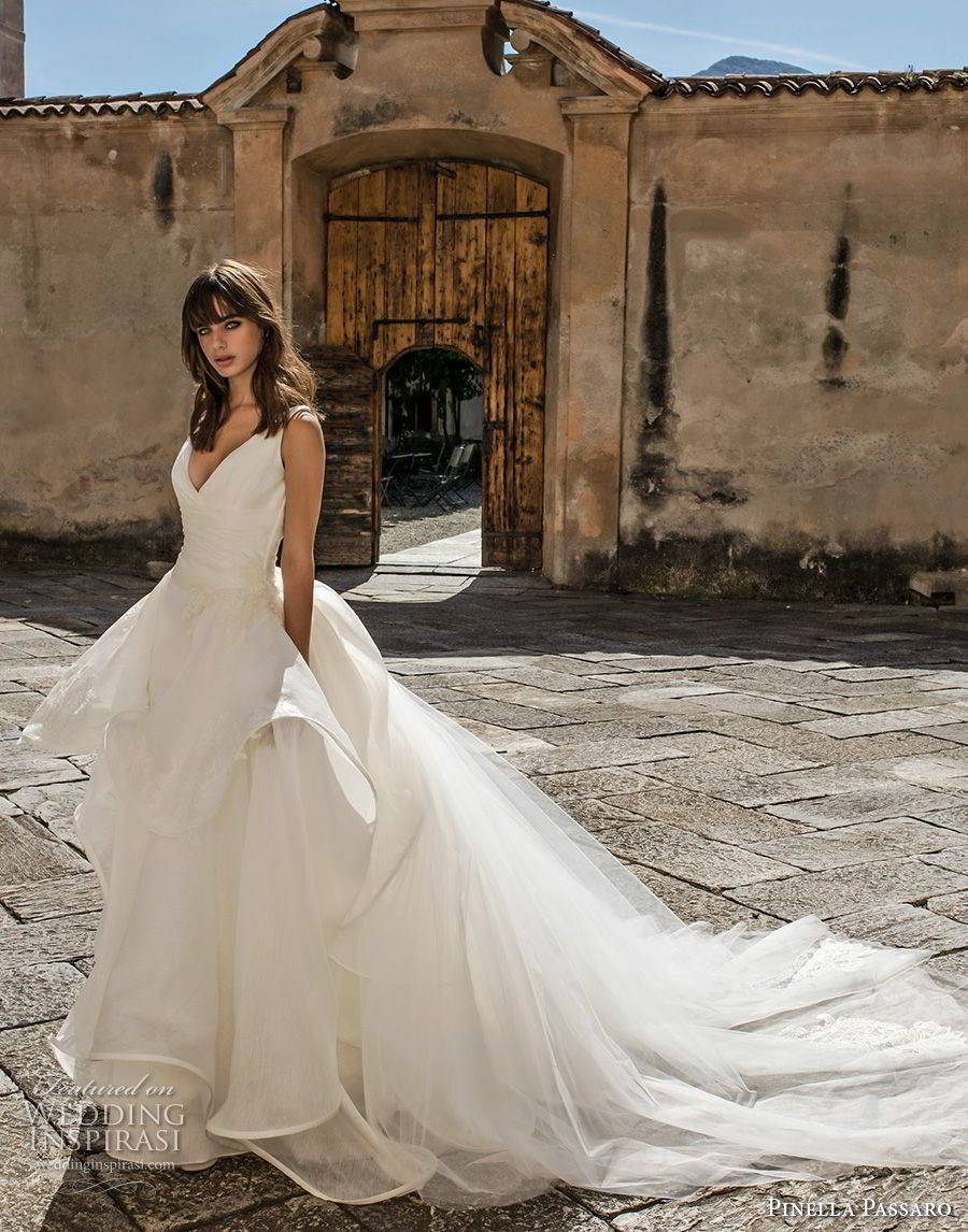Pinella passaro wedding dresses ball gowns bodice and romantic