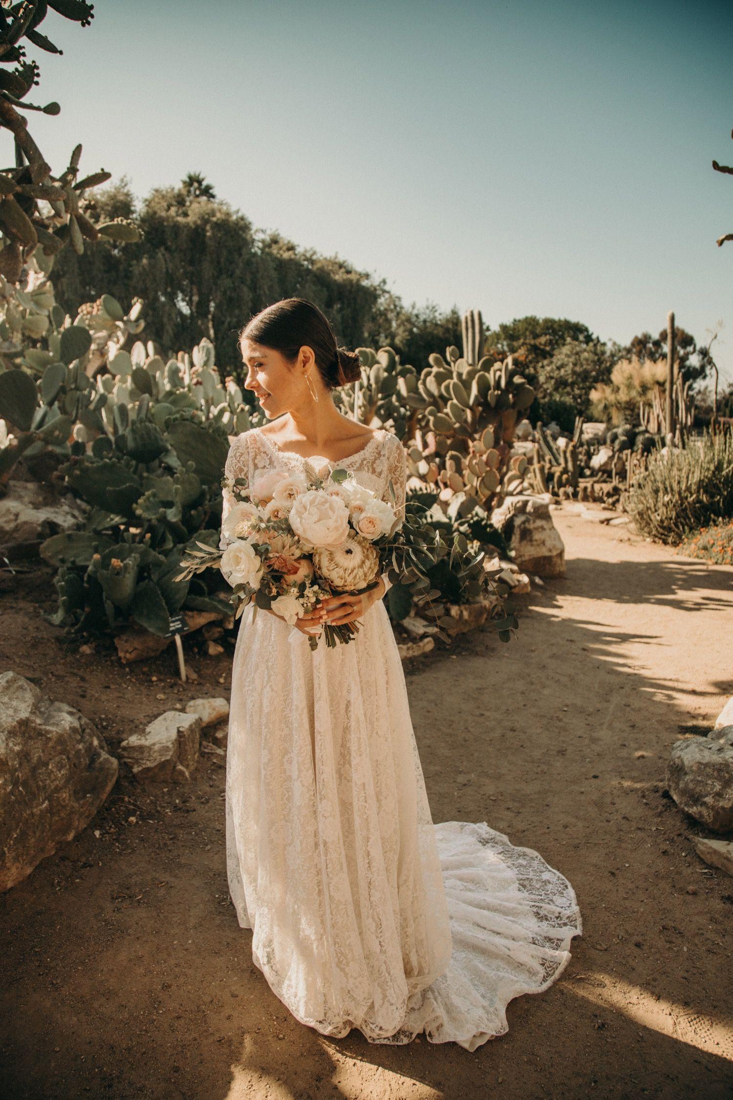 ERICA + CAMERON Bride portrait, South coast botanic