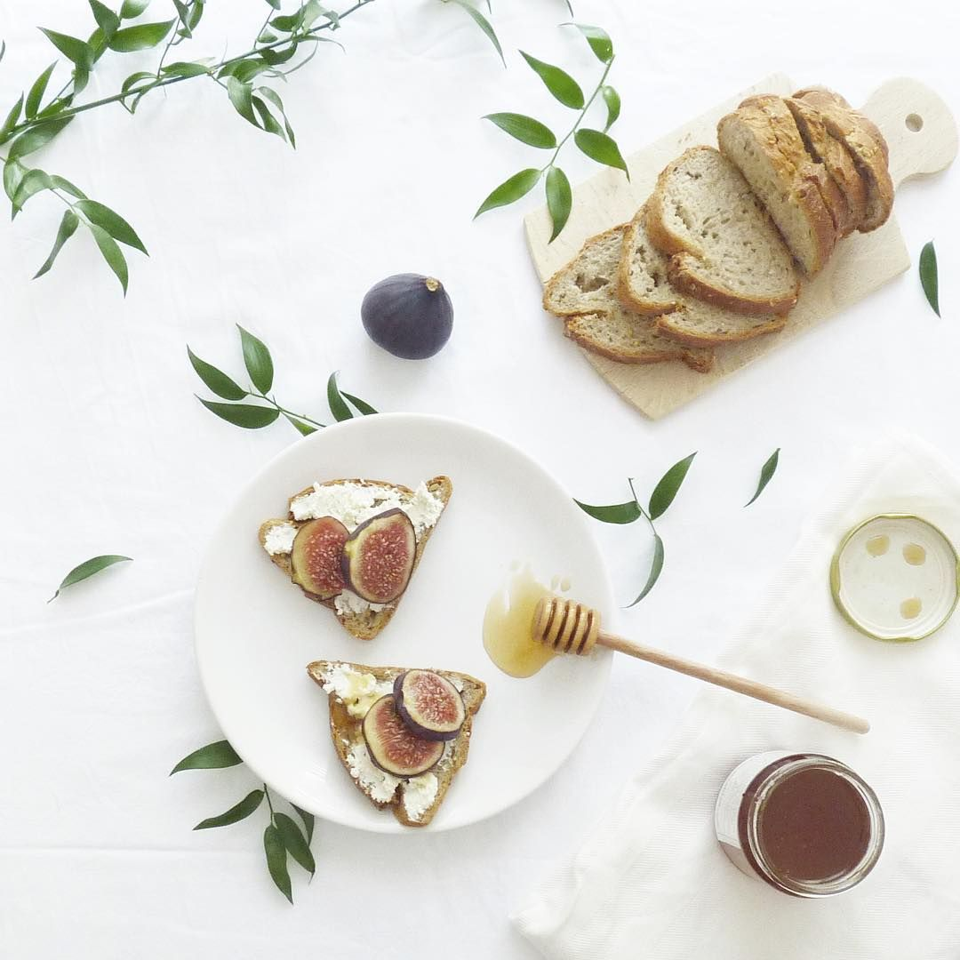 Les petites tartines du dimanche 💚 #lovelysunday #lunch #foodpic #delish #fresh #toast #figues # ...