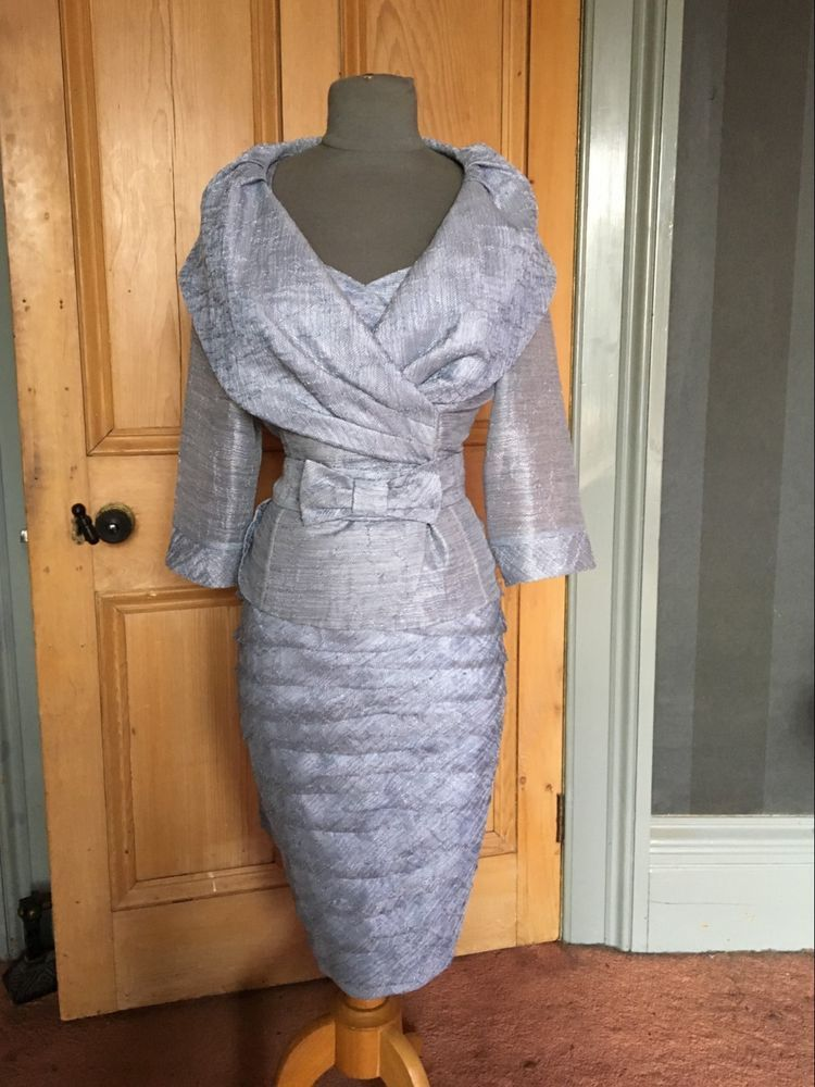 426b69f5664 This is a really beautiful Mother of the Bride evening dress and jacket by  Luis Civit and is a UK size 12 (US size 8) and is denim blue in colour.
