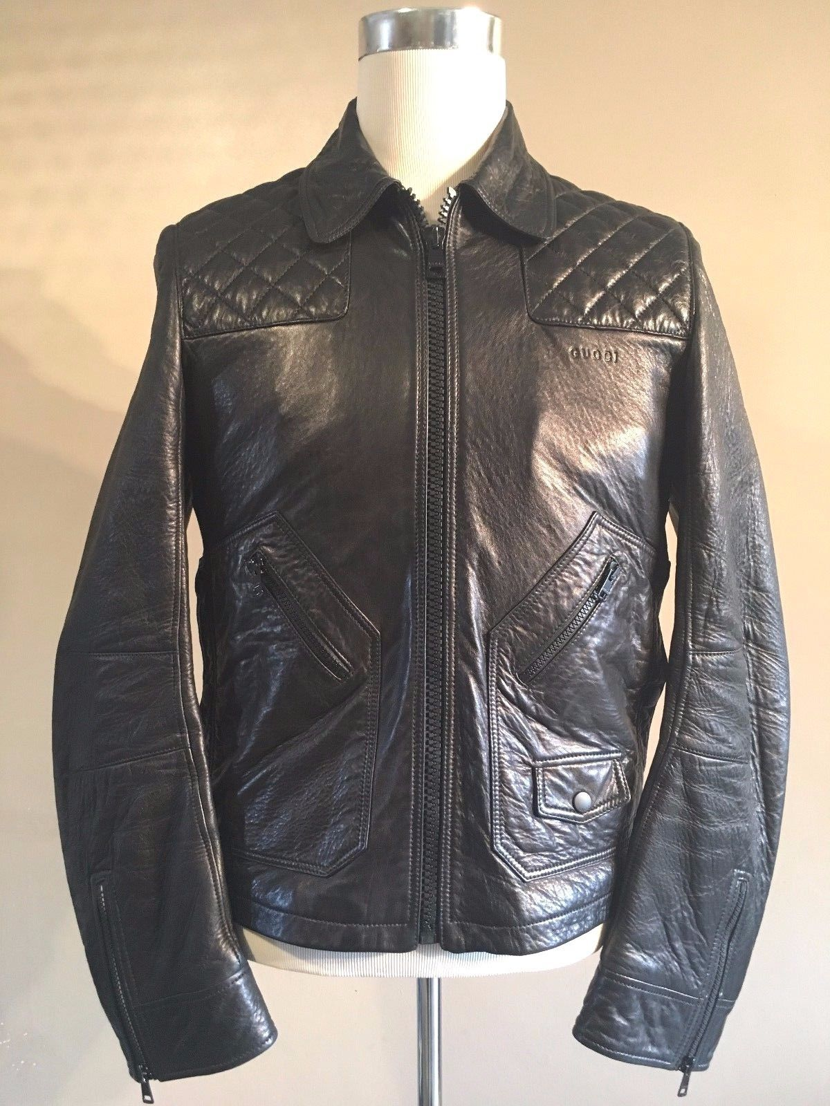 Gucci Black Leather Diamond Quilted Shoulder Biker Jacket M Rrp A3195 Stunning Gucci Black Black Leather Mens Outfits [ 1600 x 1200 Pixel ]