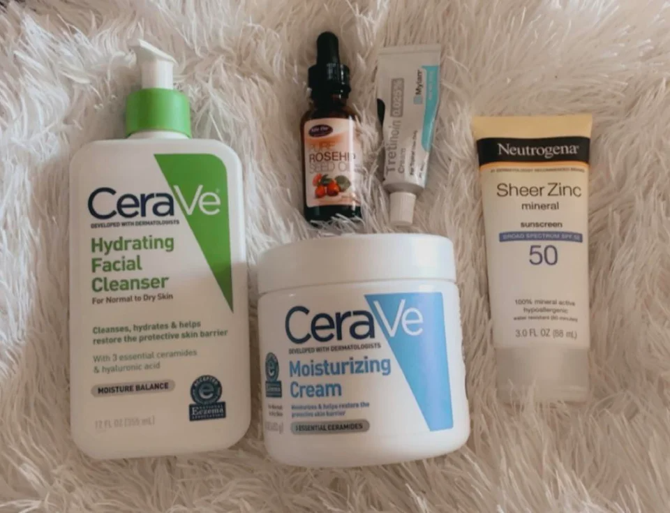 4 Shelfie Simplifying My Skin Care Routine Skincareaddiction Am Cerave Hydrating Cleanser Cerave Moistu Skin Care Routine Skin Care Sunscreen Moisturizer