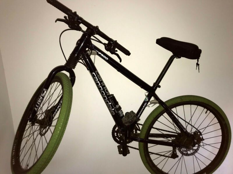 Cannondale F900 Mountain Bike In 2020 Cannondale Mountain Bikes Cannondale Bicycles For Sale