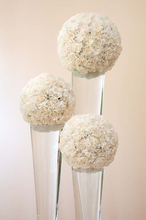 Pin By Tara Skinner Weddings Events On Centerpieces Floral Wedding Carnation Centerpieces Wedding Centerpieces
