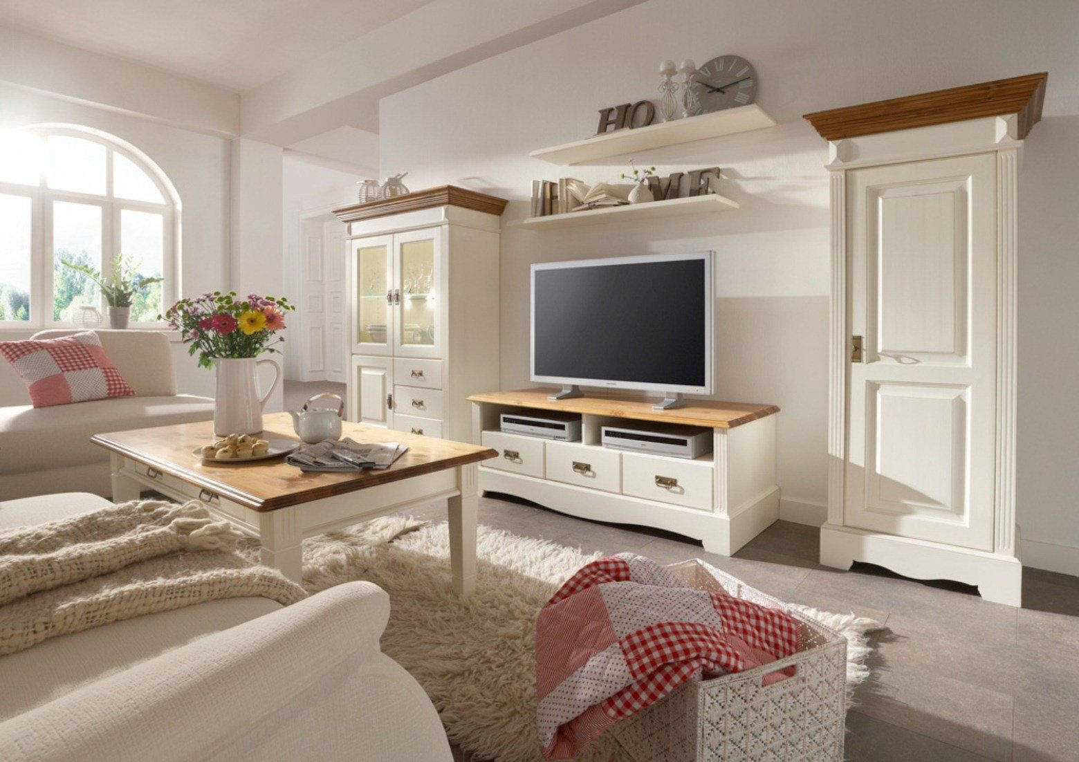 Mobel Im Landhausstil Dining Room Living Room Furniture Living Room Decor Room Decor
