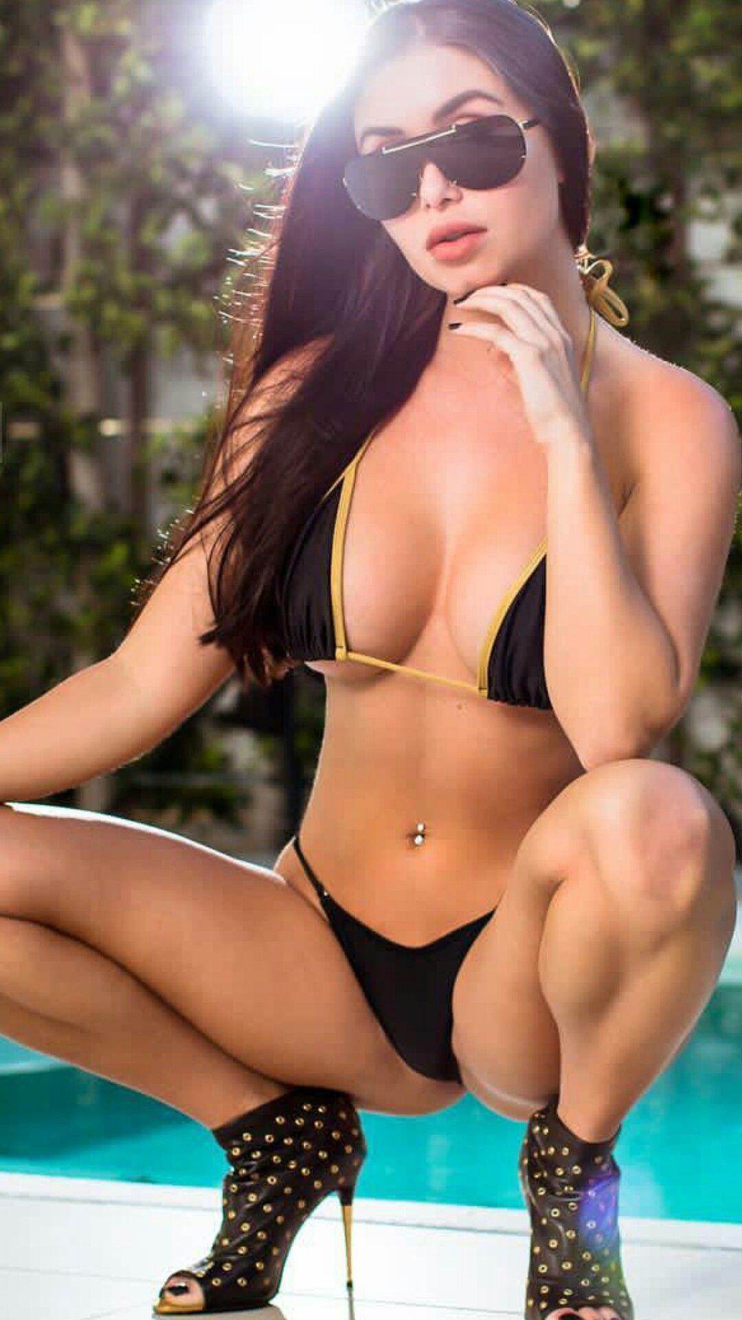 Samantha Saint Porn Pics