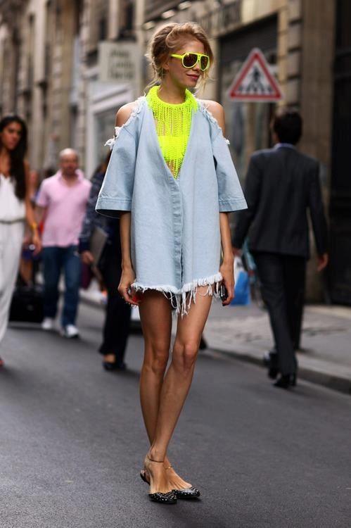 Neon + Chambray #StreetStyle