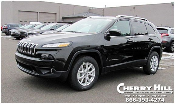The Renowned Cherokee Name Returns To The Jeep Vehicle Lineup For The 2014 Model Year The All New 2014 Jeep Cherokee Delivers Lege Jeep Cherokee Jeep Jeep 4x4