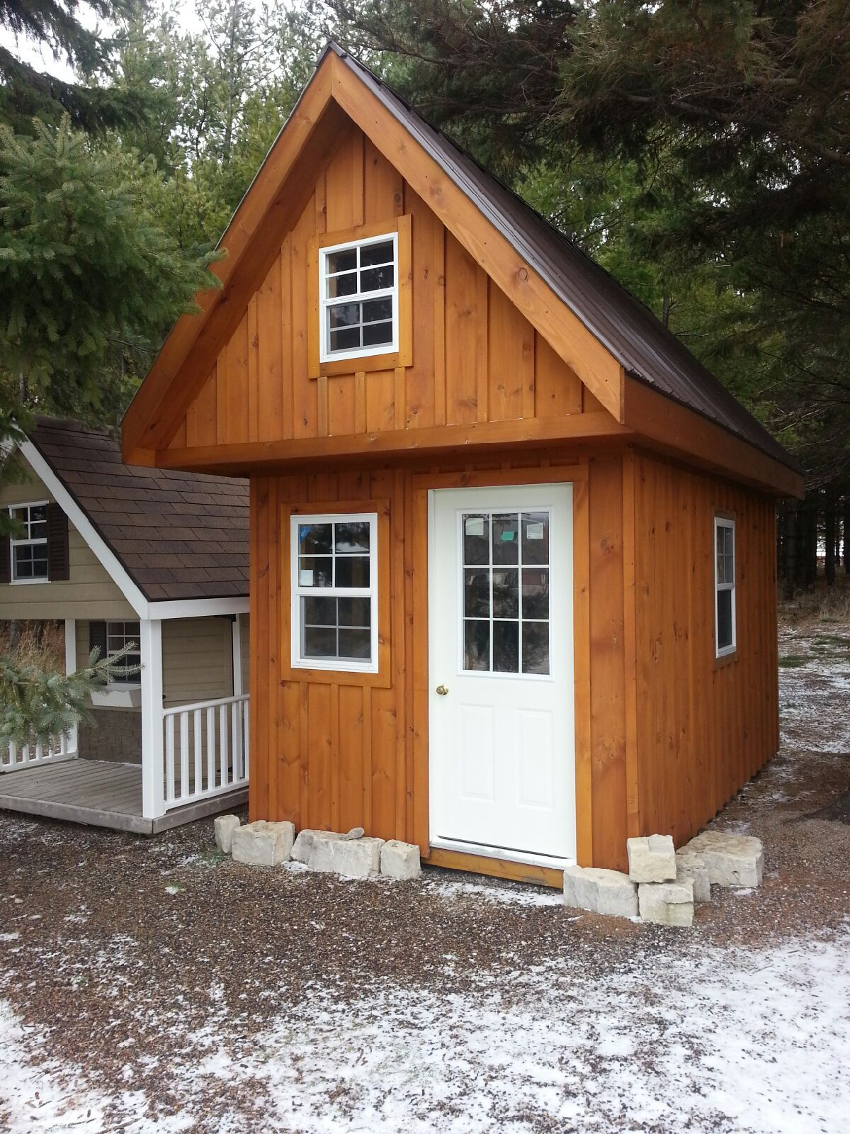 Canadian bunkie fuller loft and ladder at read ontario