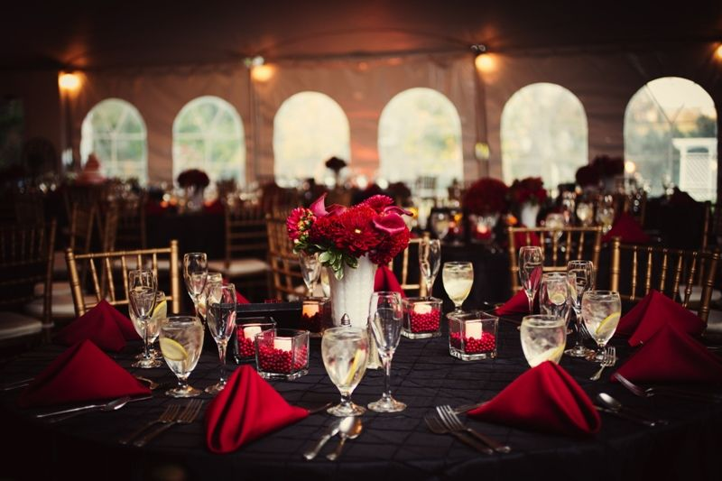 wedding receptions with black table cover | Red and Black Wedding ...