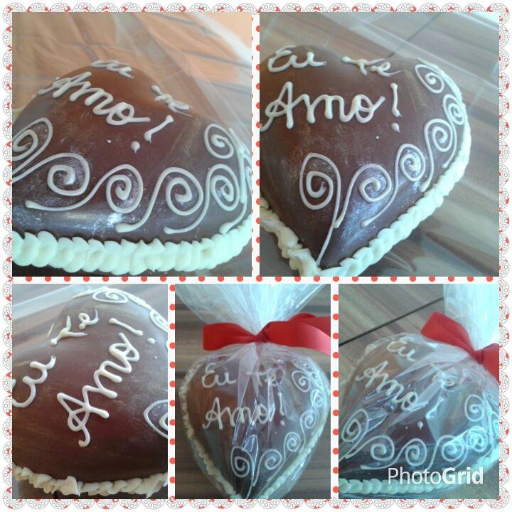 Coração de chocolate ao leite - personalizado com a frase - Eu Te Amo!