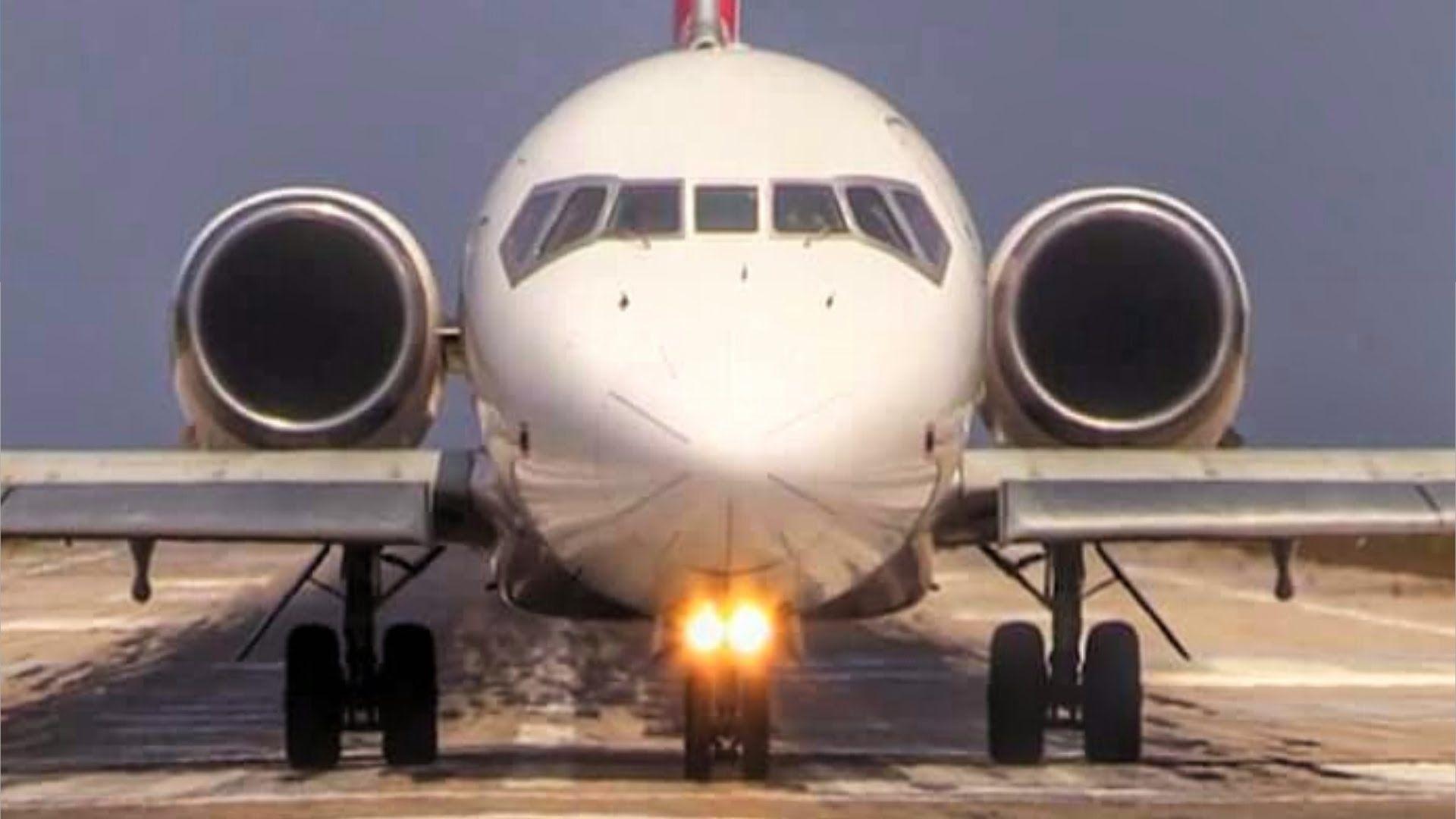 Volotea Boeing 717 Jetblast at Skiathos