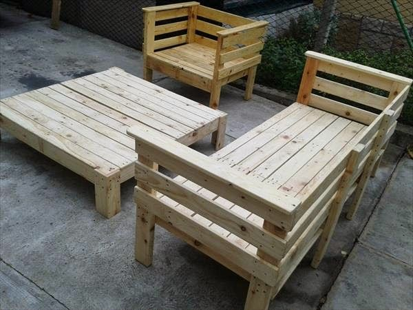 this simple pallet couch reminds me of a turkish hookah. Black Bedroom Furniture Sets. Home Design Ideas