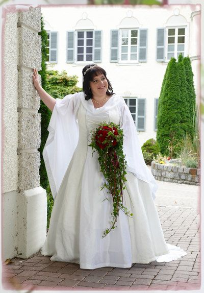 Plus Size Over Size Wedding Dress Medieval By Historicalwedding