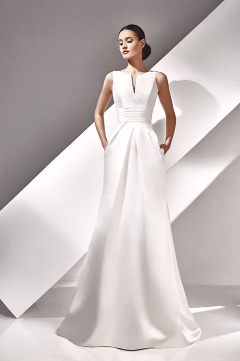 Vestido de novia ARCELIA de mikado en color marfil con bolsillos ...