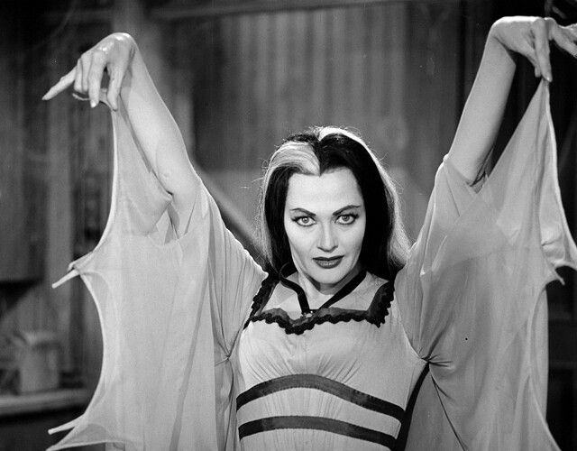 Yvonne De Carlo The Munsters