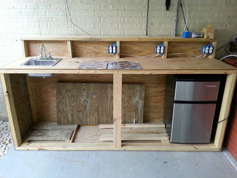 Outdoor Kitchen Bar Revision D Shelf Attached To Counter Top And Back Board Three Receptacles Wired And At Outdoor Kitchen Bars Countertops Outdoor Kitchen