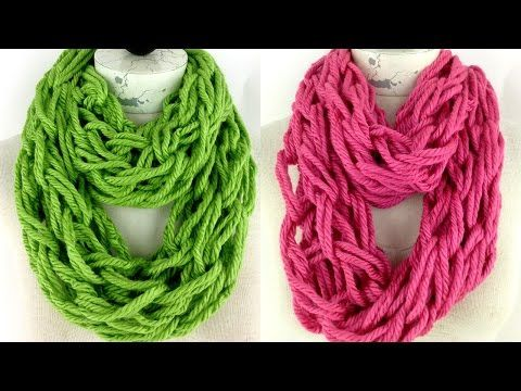 How To Arm Knit A Scarf In 30 Minutes With Simply Maggie Youtube