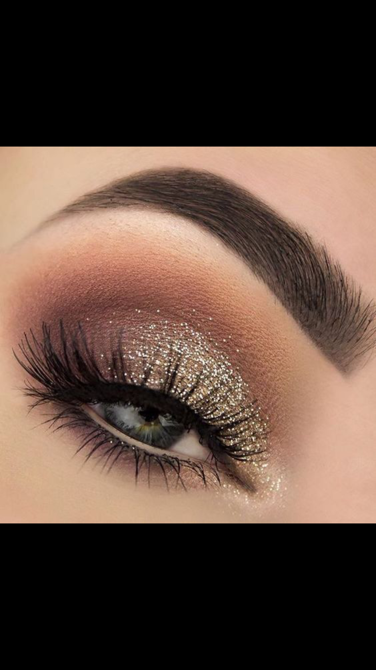 Glitter Eyeshadow Tutorial: Pin By Erin Quigley On Glam Face