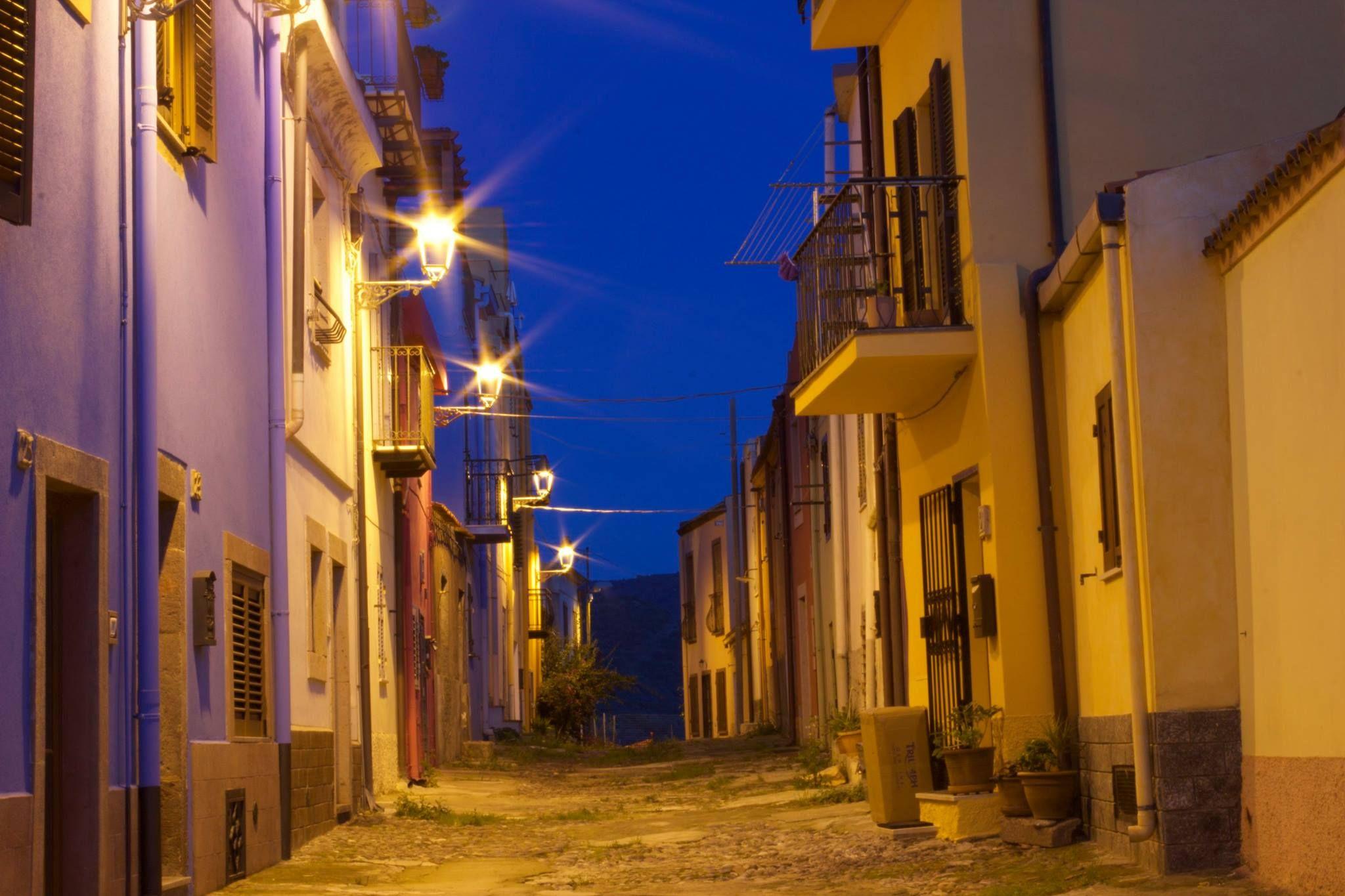 Pin su Bosa, the city