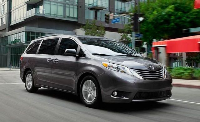 Honda Odyssey Camper >> The 25+ best Sienna toyota ideas on Pinterest | Sienna van, Minivan camping and Camping in car