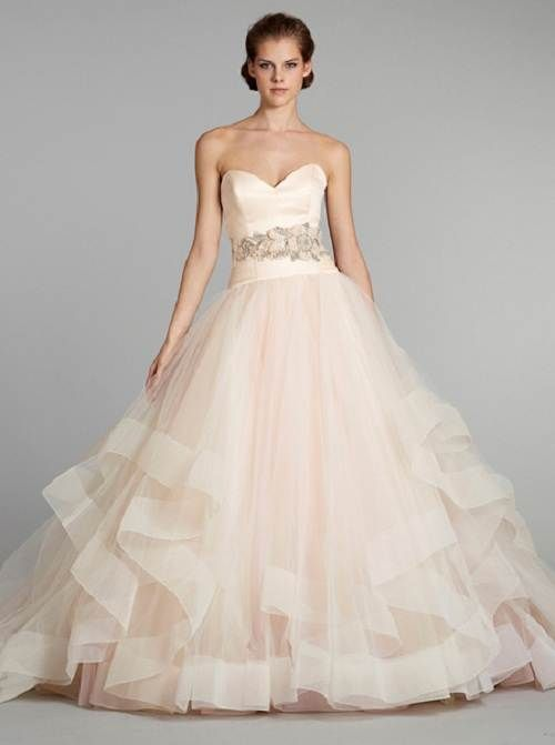 78 Best images about Vera Wang Wedding Gowns on Pinterest ...