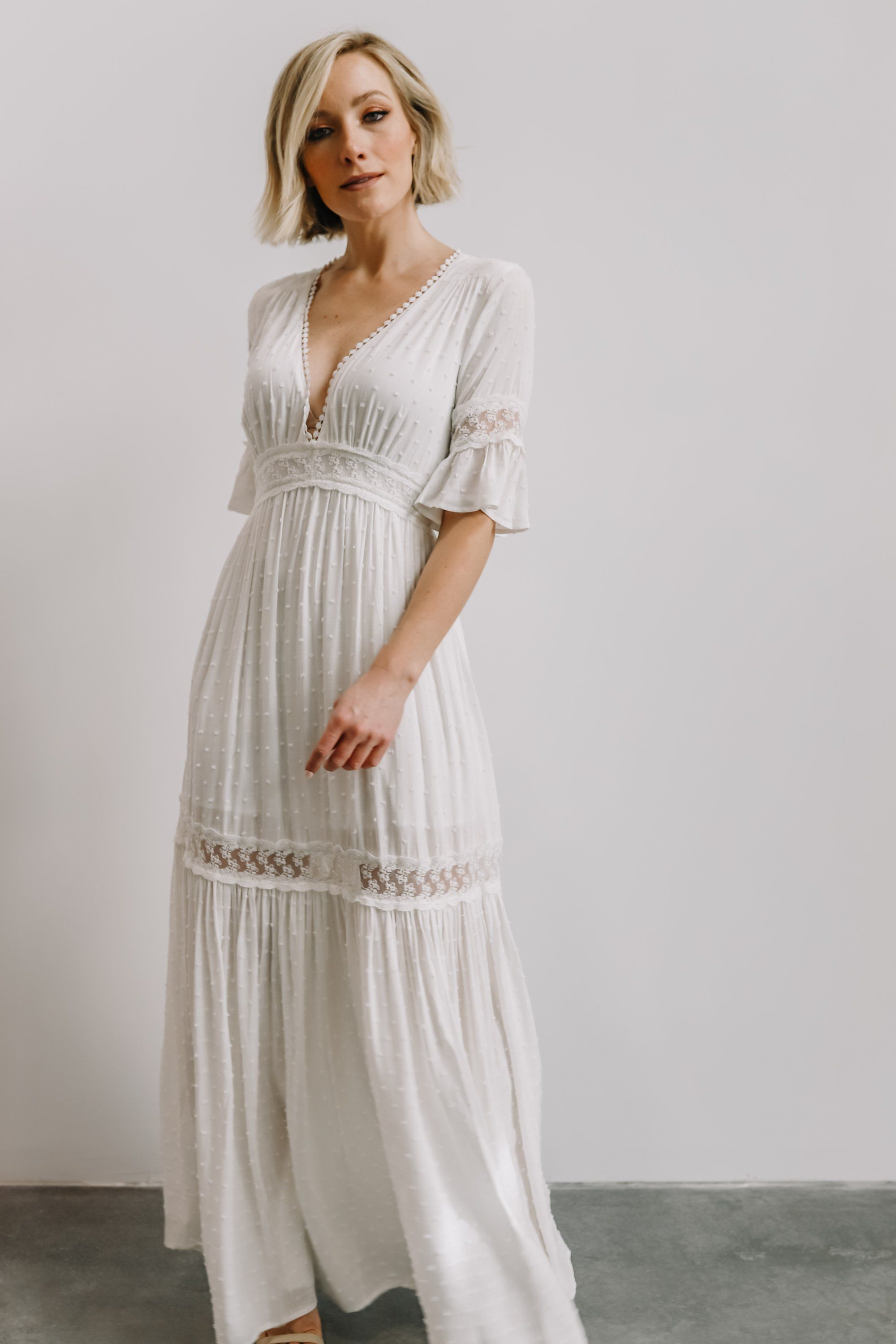 Features Beautiful Swiss Dot Material That Flows Beautifully Elastic At Back Waistdeep V Neckbutton Closure W White Lace Maxi Dress Maxi Dress White Lace Maxi [ 3000 x 2000 Pixel ]