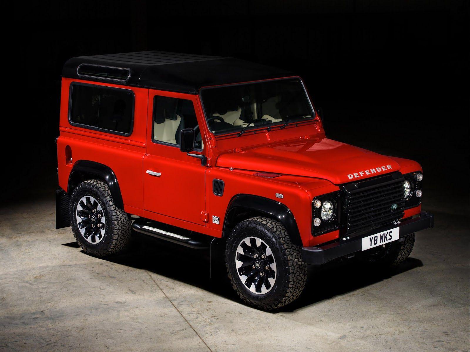 Original Land Rover Defender Returns With 400hp V8 Special Edition