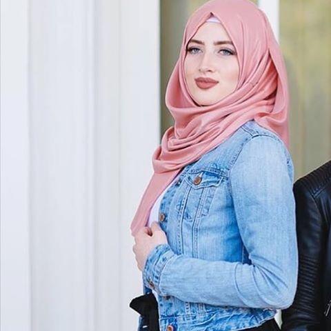 @leylaaa75 #hijabiselegant