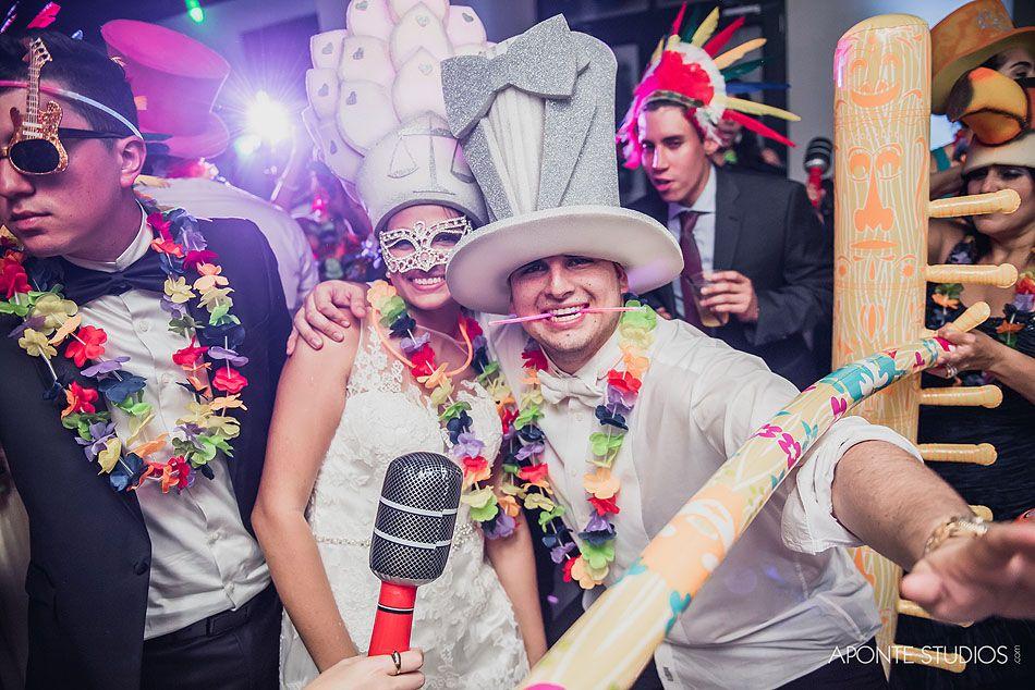 la hora loca the crazy hour a south american wedding