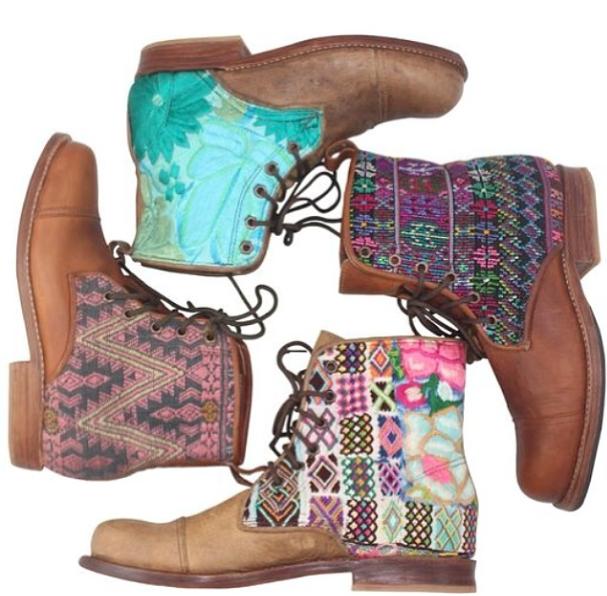Beautiful Guate Boots! #inspiration #colorful #Teysha | Boot